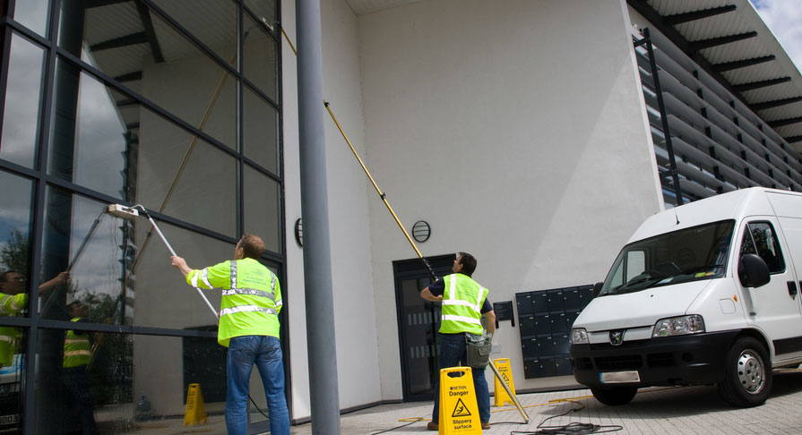 pole system window cleaning